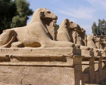 Luxor Tours, Luxor Excursions, Luxor Day Trips and Things to Do